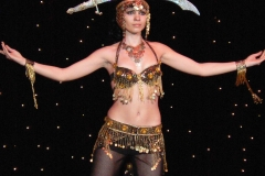 Танец живота с саблей